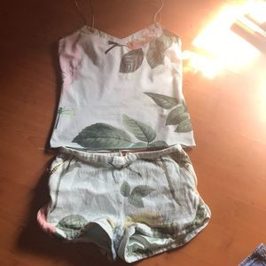 Tes baker set shorts and camisole
